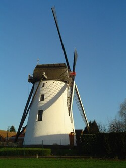 * Le moulin de Leers