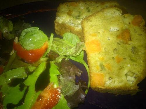 Cake patate douce/fourme d'ambert..juste parce que mon loulou voulait un cake pour le dîner