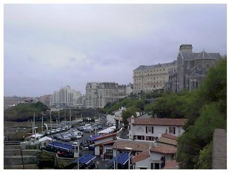 BIARRITZ___Le_Port_des_P_cheurs_et_l_Eglise_Sainte_Eug_nie