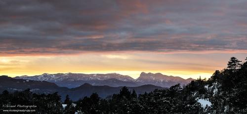 Rochers de Chironne, frontière naturelle entre Diois/Vercors