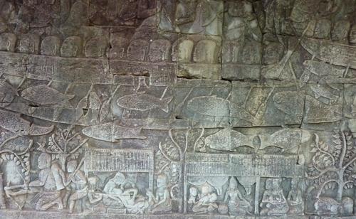 Le Bayon, bataille navale entre les Chams et les Khmers