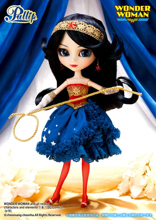Juillet : Pullip Wonder Woman dress version