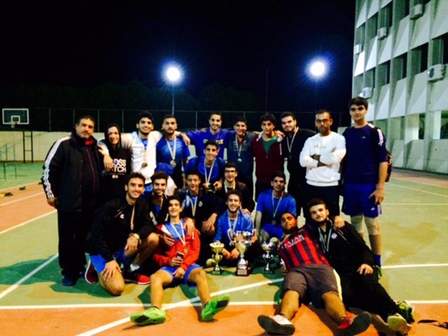 L'équipe de foot et de volley-ball à l'honneur.