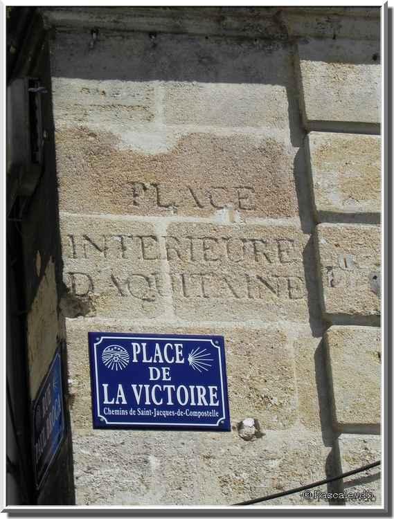 Bordeaux - La place de la Victoire