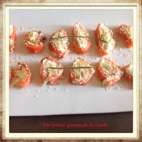 Roulés de saumon fumé, crème de Wasabi, citron vert et pomme granny