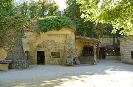 « Village troglodyte de Rocheminier 1 »