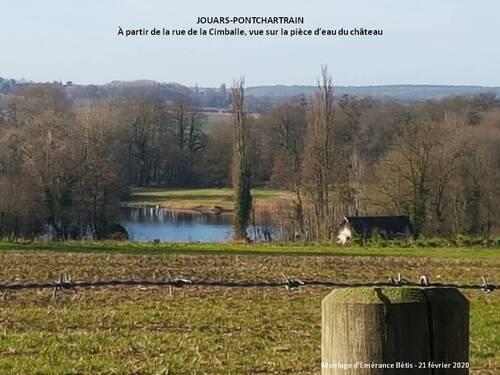 Pièce d'eau dans le parc du château de Pontchartrain