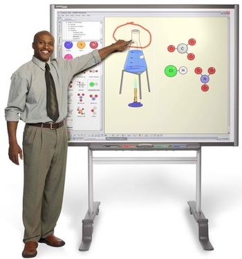 smart-board-600-series-interactive-whiteboard-photo-1