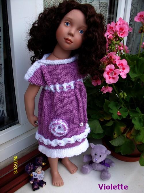 Violette ta robe est une première !