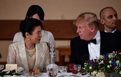 Les Trump au Japon