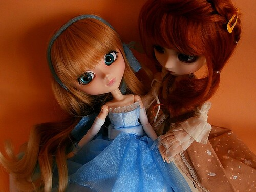 Yumi & Isabella