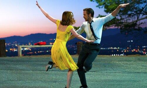 La La Land: Ryan Gosling et Emma Stone brillent dans un chef-d'œuvre musical ensoleillé