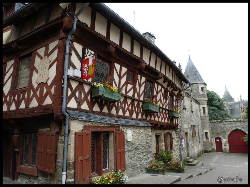 Josselin -Morbihan (56) serie 1