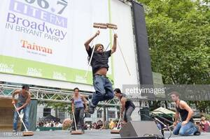 dance ballet outdoor bryant park hip hop dancers