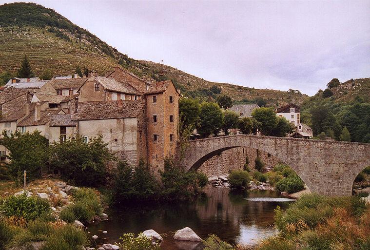 Le Pont de Montvert 02.jpg