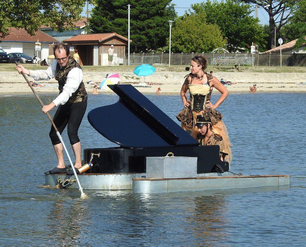 Le PianO du Lac, un concert poétique et humoristique sur le Bassin d'Arcachon (2/2)...