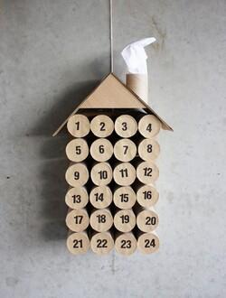 le calendrier en roulo de papier toillette