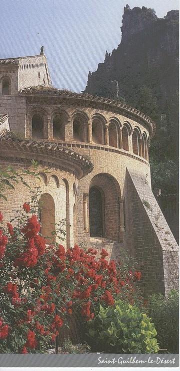 abbaye-st-guilhem-le-desert