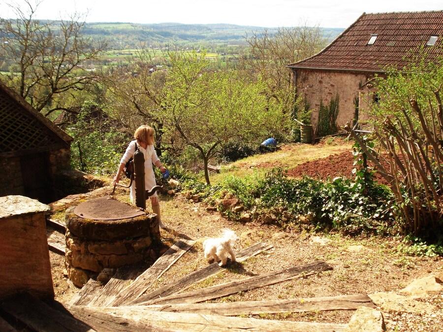 VISITE AU CHATEAU DE CASTELNAU-BRETENOUX POUR VOIR L'EXPOSITION DES ANCIENNES VOITURES DE COLLECTION