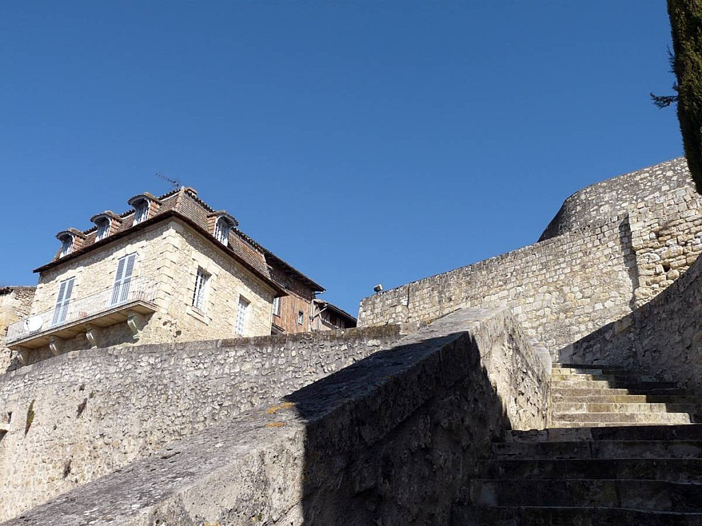 Lectoure-remparts-01.jpg