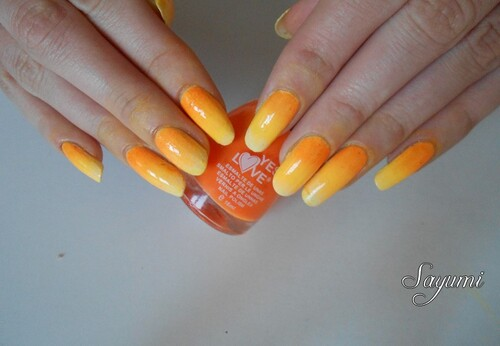 Nail Art Sunshine Gradient