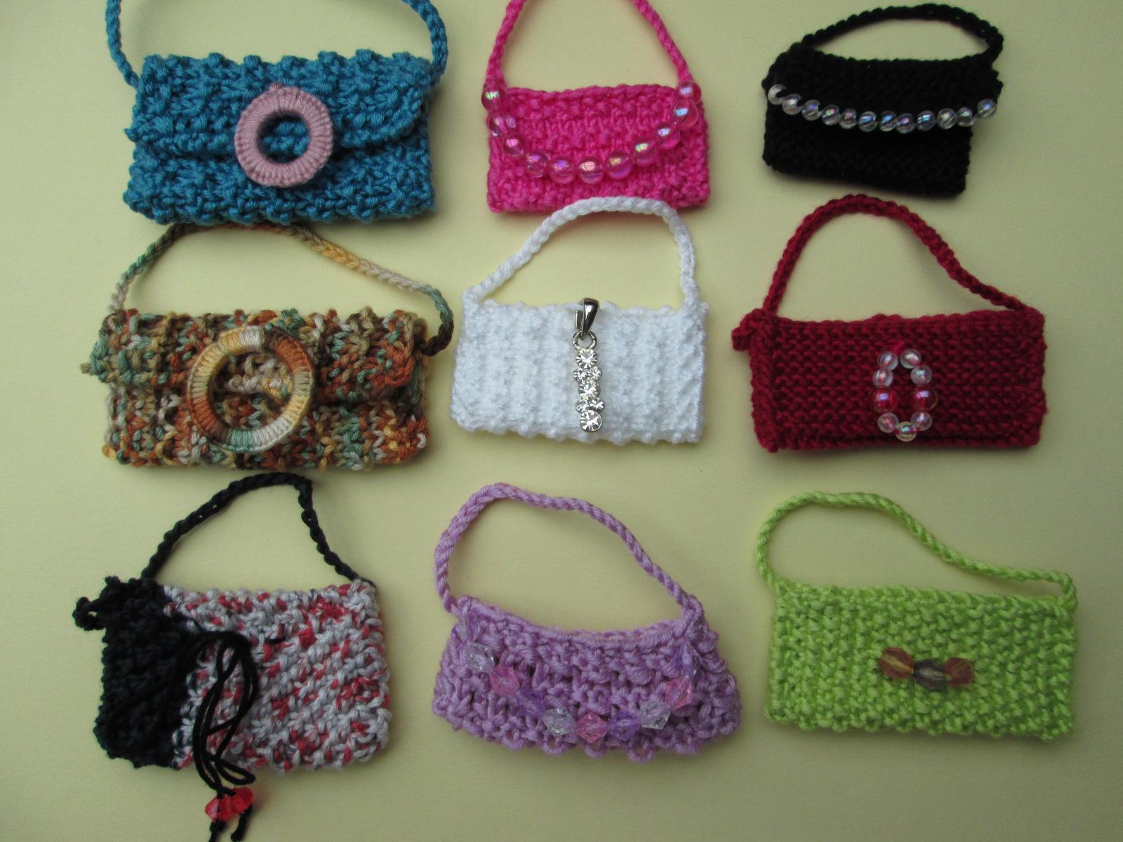 Sacs et chapeaux pour barbie carlycreations - Tuto pour creer un sac en crochet ...