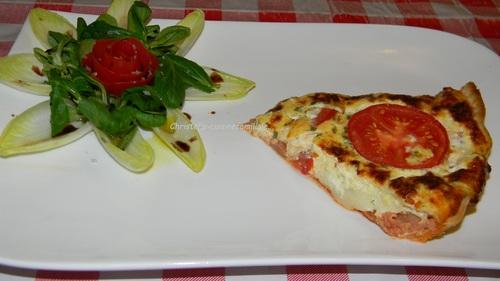 Tarte au thon, tomate, moutarde, chèvre, facile et rapide...