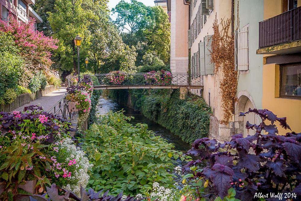 Annecy, c'est de l'eau, c'est des fleurs... - 1 -
