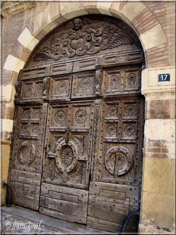 Gaillac Portail de l'Hôtel Druilhet d'Yversen 16ème siècle Tarn