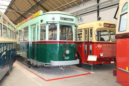 musée du transports en commun à liège 2015