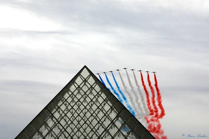 La Patrouille de France, 14 juillet 2020, Louvre, Paris