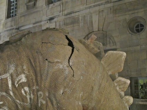Nuit Blanche 10 Schabus dinosaure 0693