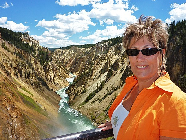 Jour 11 Yellowstone Canyon moi