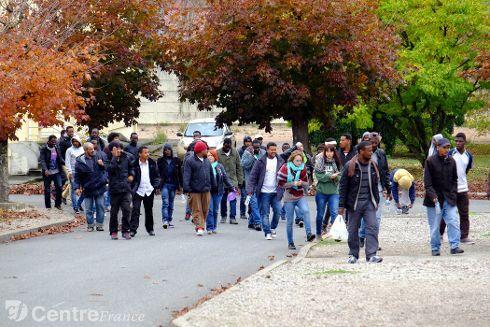 Les migrants sont arrivés la semaine dernière dans la base de Varennes-sur-Allier.  - Dominique PARAT