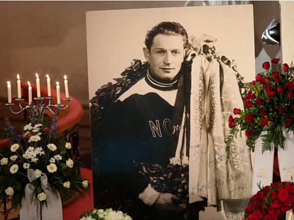 Harald aux funérailles