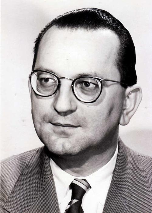Maurice Meyer (19 - 19 )