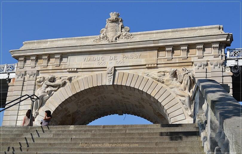 Pont de Bir-Hakeim, anciennement Viaduc de Passy