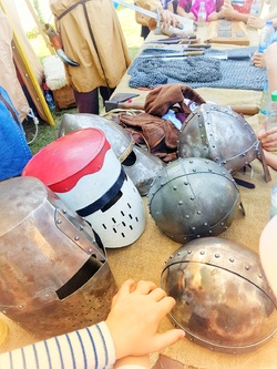 Entressen ou une l'histoire d'une kermesse médiévale