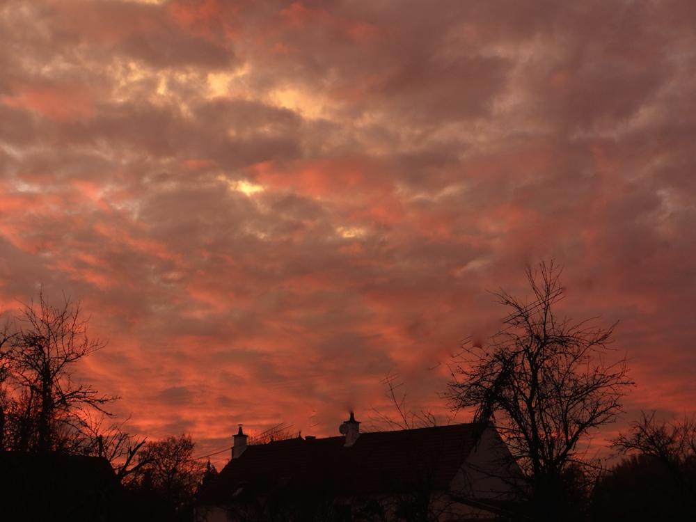 TROP BEAU....ce ciel vers chez moi ce soir