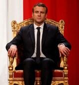 """Résultat de recherche d'images pour """"macron sur son trone"""""""