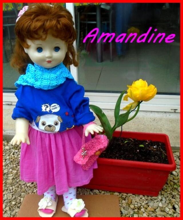 Amandine a rejoint Rosalie au jardin
