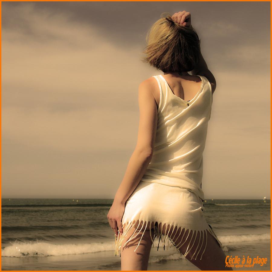 Cécile à la plage !
