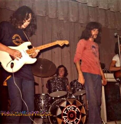 FREE WHEEL / ROUE LIBRE  (1971-1975)