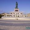 Statue à l\'entrée de Peniche