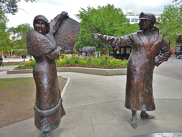 Jour 15 Calgary statues jardin