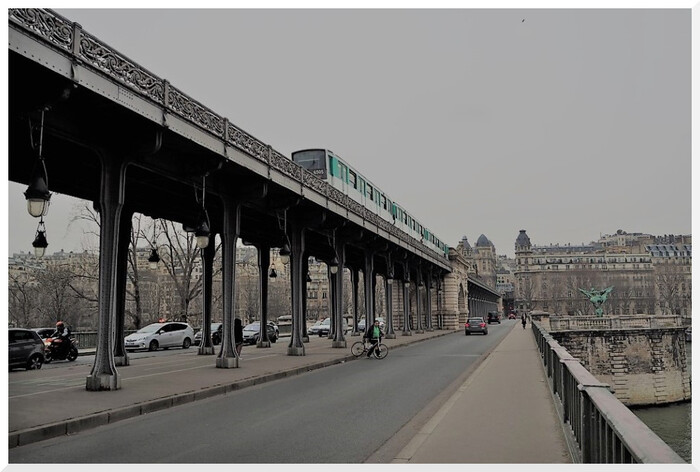 Paris. Viaduc de Passy.