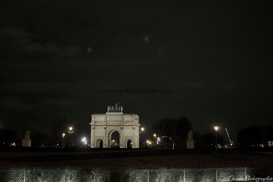 PARIS LA NUIT