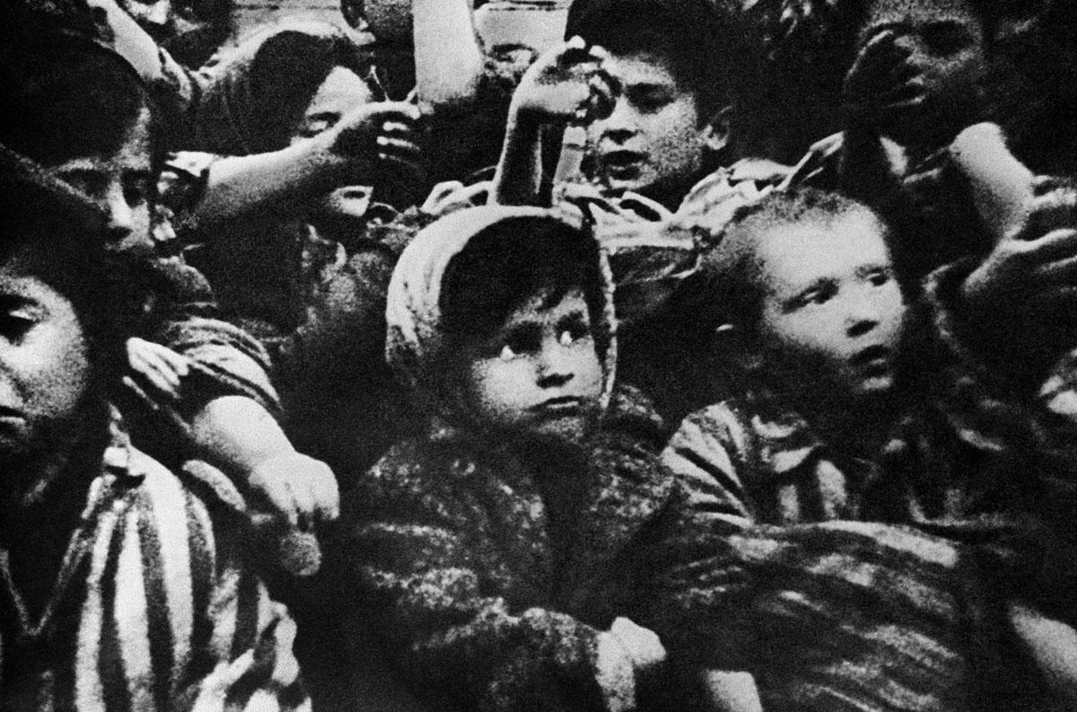 """Résultat de recherche d'images pour """"enfants enlevés par les nazis"""""""