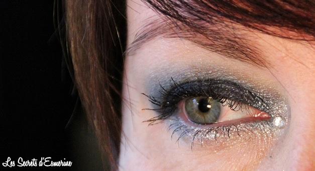 Maquillage de Noël : Bleu nuit, effet métallisé et strass au menu...