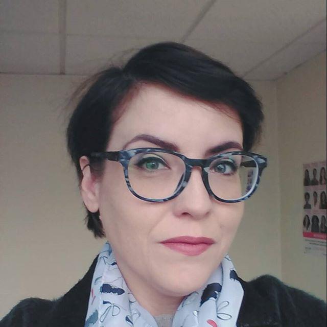Femme à lunettes, femmes à Polette ! (concours)